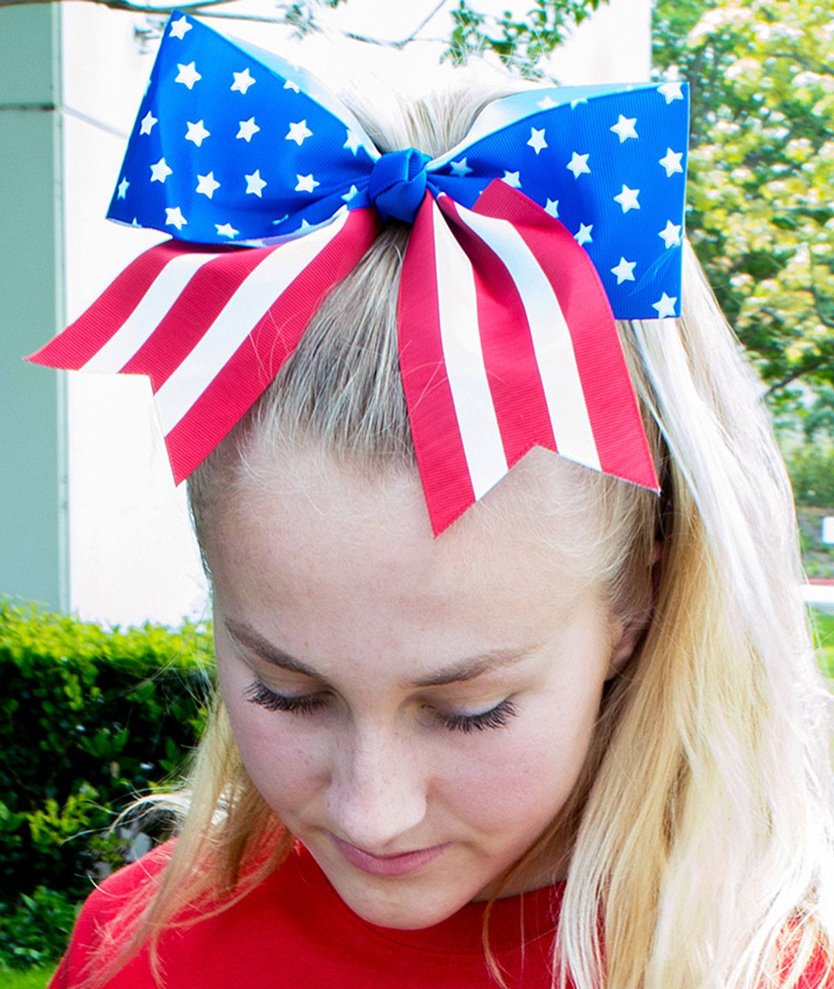 Chasse Patriotic Flag Hair Bow